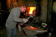 Охотничьи ножи изготавливаемые в Кузнице Назарова В.В.