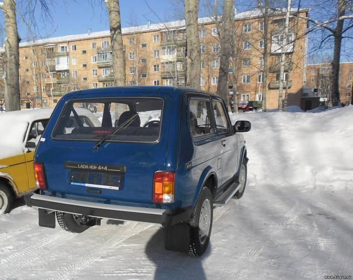 нива в автосалоне красноярск